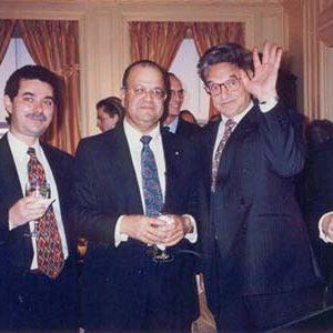 George-Soros-Andrew-Benzaken-NY-nieuw-300x300
